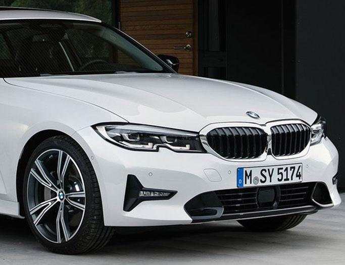 Hvid BMW 3-serie fra 2019
