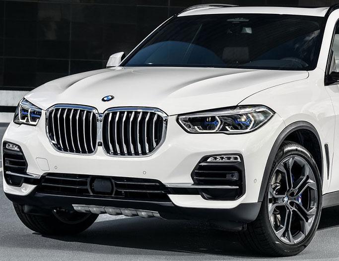 Hvid BMW X5 fra 2019