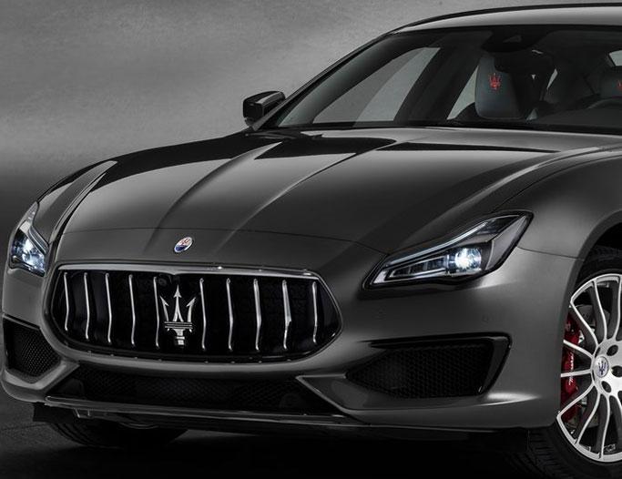 Sort Maserati Quattroporte fra 2019