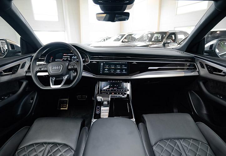 Audi SQ8 interiør og læder
